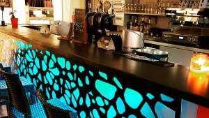 L'équipe de l'Arena Multisports vous accueil au lounge bar